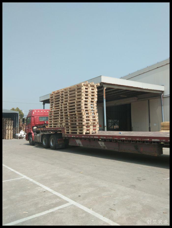 送货 木托盘